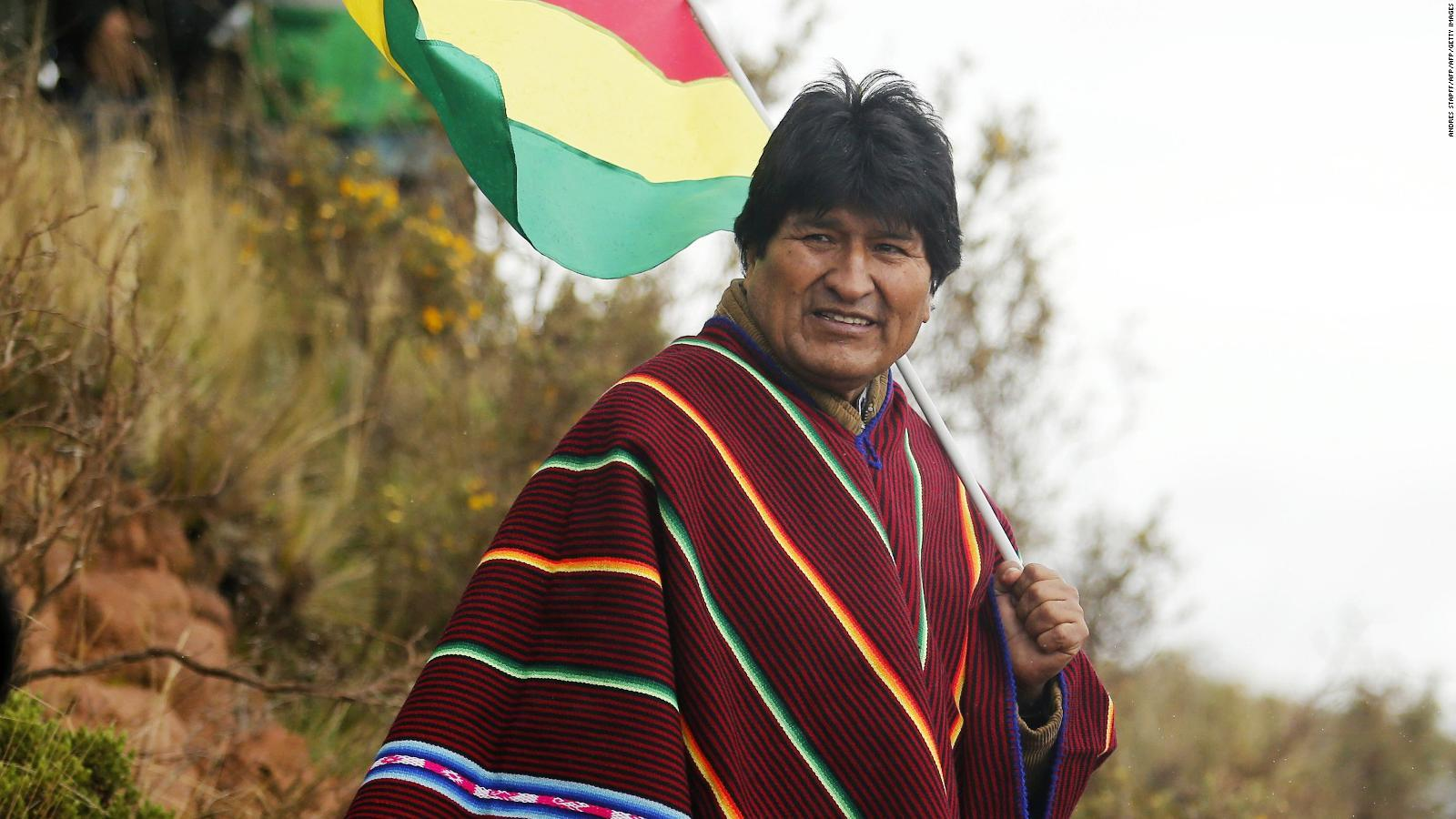 180122124934-getty-evo-morales-poncho-full-169